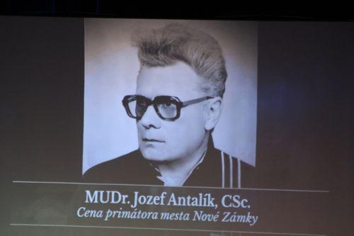 MUDr J-Antalík
